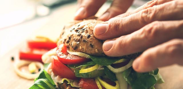 Hambúrguer com seu toque
