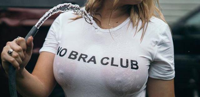 Melhores fotos da #NoBraClub