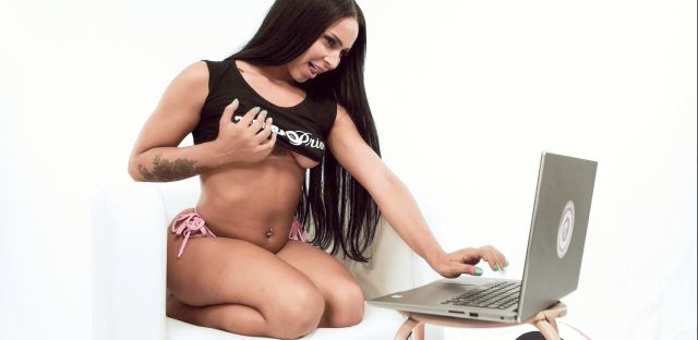 Camgirls e as atrizes pornôs