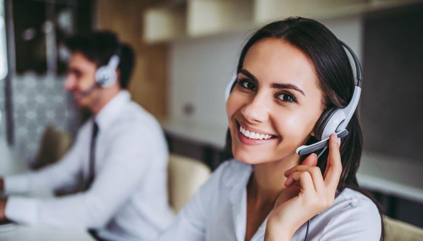 a21b571a6b1ab Uma conversa com alguém da empresa pode tirar inúmeras dúvidas que você  possa ter