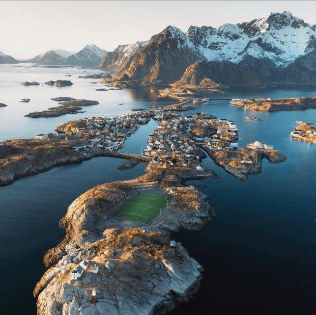 Os campos de futebol mais espetaculares do mundo