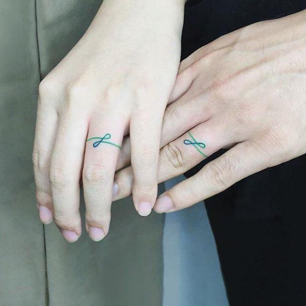 Tatuagem de casal: inspirações para eternizar o amor na pele