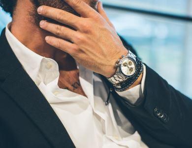 ee2919bf11a Relógios masculinos  5 dicas para combiná-los com pulseiras e outros  acessórios