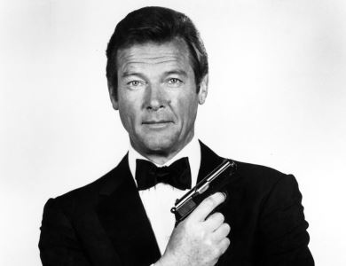 Roger Moore, para sempre James Bond