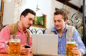 Depois do delivery e das cervejas feitas em casa, a moda é a venda de cervejas premium pela internet