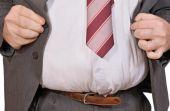 Existem dois tipos de gordura abdominal: visceral e subcutânea, descubra qual das duas você tem