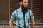 Hoje, os suspensórios encontram seu novo lugar na moda como um acessório para os homens que adotam o visual mais retrô