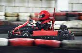 A primeira etapa dos pilotos no automobilismo costuma ser o velho e conhecido Kart