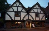 O primeiro bar que se tem notícia no mundo foi inaugurado em 807, antes mesmo da descoberta da pólvora