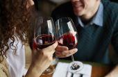 Vinho possui valor calórico variável. Quanto mais açúcar e álcool mais calorias