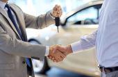Alguns cuidados simples são fundamentais para amenizar a perda de valor do carro na hora da venda
