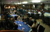 Você sabia que no Brasil existem mais de 100 clubes de poker?