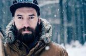 A barba pode ser uma grande aliada nos dias frios, mas é necessário se dedicar mais ao cuidados para mantê-la
