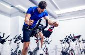 Se o seu objetivo é emagrecer, os aparelhos a serem comprados são aqueles que trabalham exercícios aeróbicos