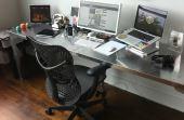 Nesse cenário, se tornam cada vez mais comuns as pessoas que preferem trabalhar em casa. Os home offices se tornaram os melhores amigos desses profissionais