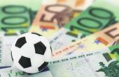O dinheiro é muito importante para manter um time de futebol em alto nível. Só assim será possível possuir boas instalaçãoes e jogadores