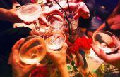 Melhor do que celebrar o aniversário com os amigos é ganhar bebida pra toda a galera