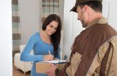 Ao comprar online você tem o conforto de receber o produto na porta da sua casa
