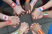 76% das pessoas que viajam se mostraram mais flexíveis perante a diversidade