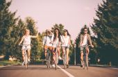 Pedalar em grupo pode ser um ótimo incentivo para ir ainda mais longe