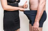 """Segundo a Sociedade Brasileira de Urologia, um pênis entre 7 e 27cm ereto está dentro """"tamanho normal"""""""
