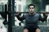 Apesar do enorme esforço físico que exige, o levantamento de peso é um dos esportes que menos queimam calorias, mas isso não o faz menos interessante ou praticável