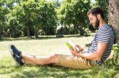 Para relaxar, esquecer o stress e aprender valiosas lições, nada melhor do que ter um bom livro em mãos