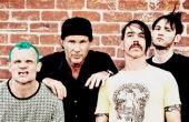 Após de apresentar no Rock In Rio 2017, Red Hot Chili Peppers volta ao Brasil em 2018 para o Lollapalooza