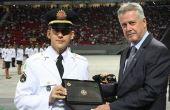 Mané Garrincha foi até palco de cerimônia de formação militar