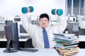 Com força de vontade você consegue fazer do seu ambiente de trabalho uma academia