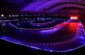 Com 1.200 metros, a pista  indoor e outdoor tem um túnel inspirado no circuito de Mônaco
