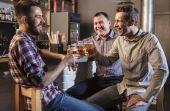 Saiba diferenciar famílias de cerveja e pague de cervejeiro entre os seus amigos