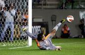 Algumas defesas ganham até mais notoriedade do que um gol